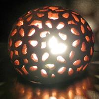 lampe-boule-fleur-allume